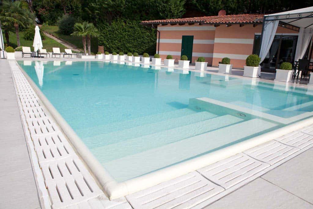 Folien Pool